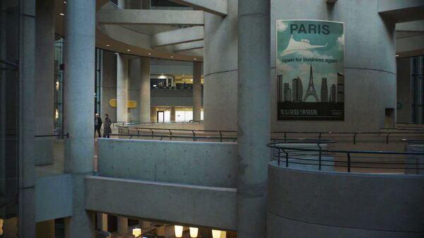 Paris-Poster-Counterpart-STARZ-Season-1-Episode-5-Shaking-the-Tree