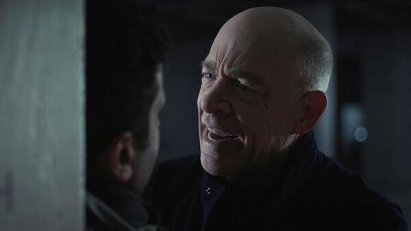 JK-Simmons-D1-Howard-loses-it-on-Kasper-Counterpart-STARZ-Season-1-Episode-9-No-Mans-Land