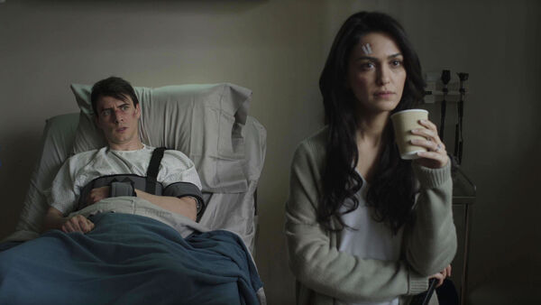 Nazanin-Boniadi-Harry-Lloyd--Clare-and-Peter-Quayle-hospital-Counterpart-STARZ-Season-1-Episode-10-no-mans-land