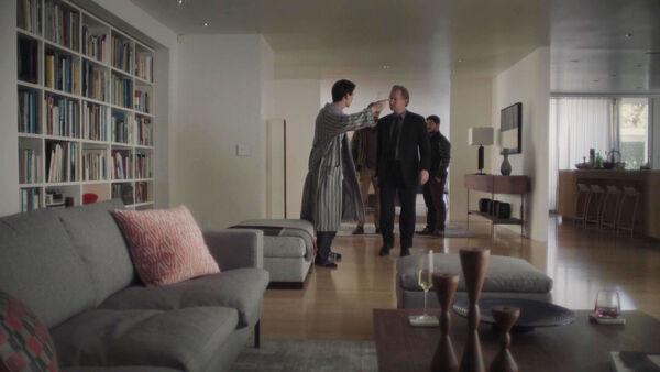Harry-Lloyd-Ulrich-Thomsen-Peter-Quayle-lies-to-Aldrich-Counterpart-STARZ-Season-1-Episode-9-No-Mans-Land