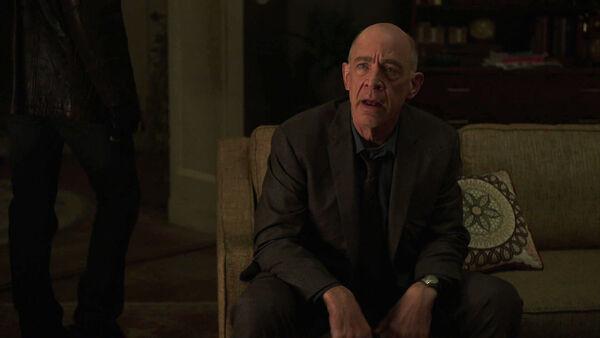 JK-Simmons-D1-Howard-contfronts-Aldrich-Counterpart-Starz-Season-1-Episode-2-Birds-of-a-Feather