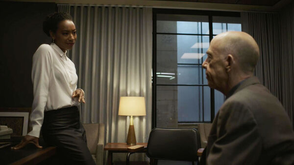Betty-Gabriel-as-Naya-meeting-Howard--Counterpart-STARZ-Season-2-Episode-01-inside-out