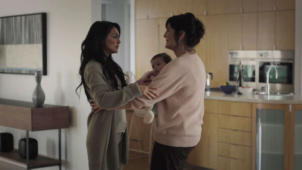 Nazanin-Boniadi-and-Jacqueline-Antaramian-Clare-and-her-mother-with-spencer-Counterpart-Season-1-Episode-10-No-mans-land