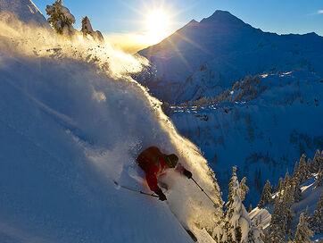 Ski-mount-baker-glacier-washington 74856 600x450