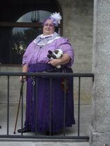 Madame adele halla galla2