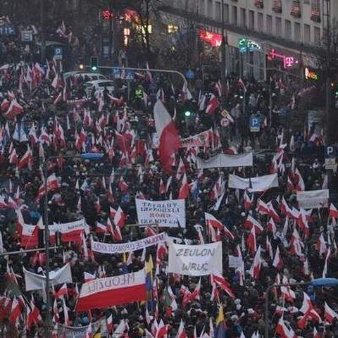 Zeulon wzywany na Marsz Niepodległości