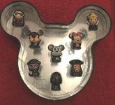Disney-Wikkeez-Mickey-Mouse-tin-8-figures