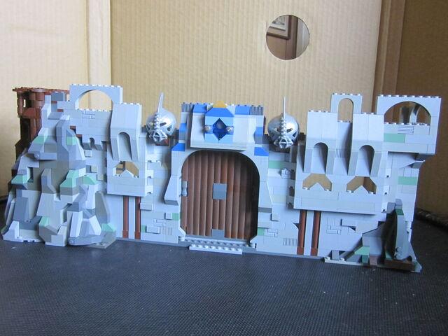 File:CastleWallColors1.JPG
