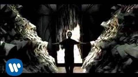 Somewhere I Belong (Official Video) - Linkin Park