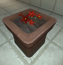 Creativerse flower pot with tundra flowers 2017-08-08
