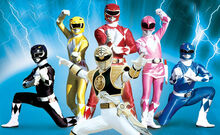 Mighty-morphin-power-rangers-team-copy