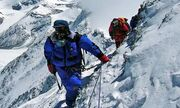 Climbing-Mount-Everest-006
