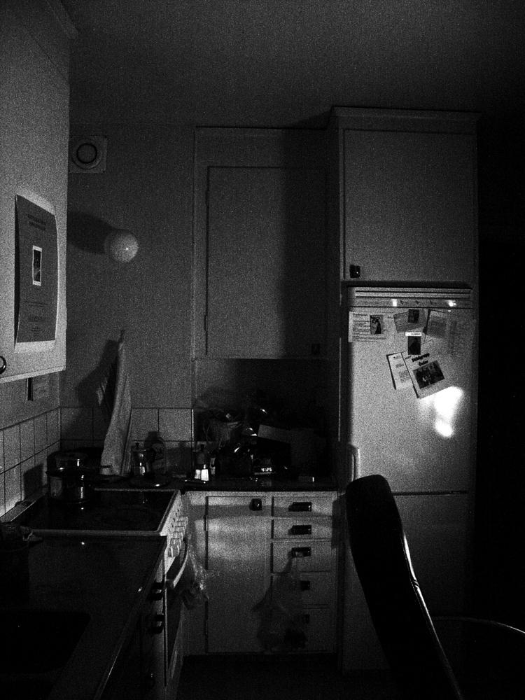 Bild - Kueche-bei-Nacht-Koek-i-natten-Kitchen-by-night-a22581828.jpg ...