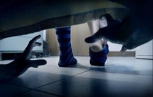 Bajo tu cama