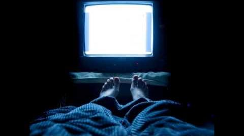 CREEPYPASTA What Really Watches You in the Dark-0