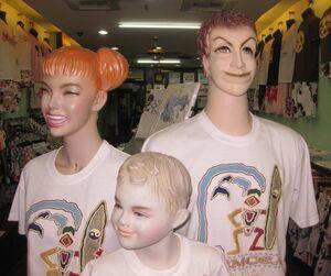 Creepy-mannequin-1