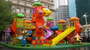 McDonalds-parque-de-diversiones-300x168
