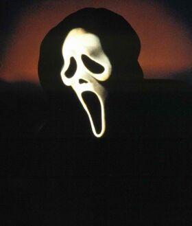 Scream-mask-425x500