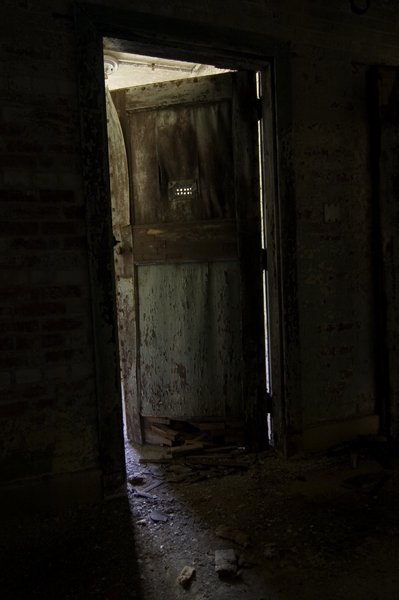 Tumblr m1yjcw4WB91rs2gweo1 400 & Shut the Door | Creepypasta Wiki | FANDOM powered by Wikia