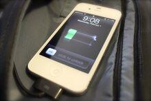 1 Powerbag Charging iPhone