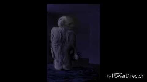 Condividendo la stanza-creepypasta 8