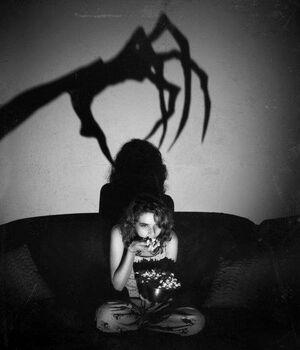 666-black-and-white-creep-creepy-devil-Favim.com-302986