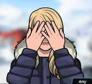 Amy Yüzünü Kapatırken