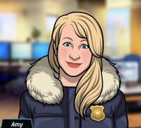 68 Amy Vestida con un abrigo de policía