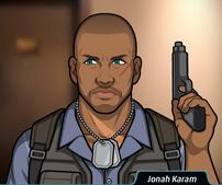 Jonah con su pistola 2