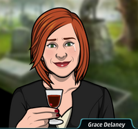 Grace con una copa de vino
