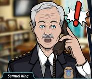 Samuel Telefonla konuşurken