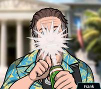 Frank derramandose cerveza