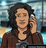 Carmen en el teléfono compasiva