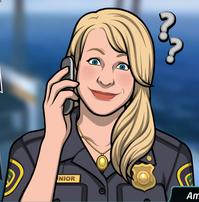 18 Amy con el teléfono, haciendo preguntas