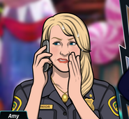 Amy Telefonda Gergin