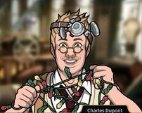Charles con luces de Navidad