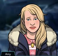 80 Amy En pijama bajo un abrigo