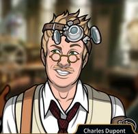 Charles sonriendo