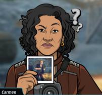 Carmen con una foto de Jude