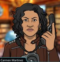 Carmen con una pistola seria