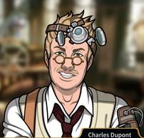 Charles sonriendo3