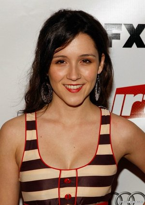 Shannon Woodward the riches