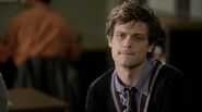 -reflections-of-desire-6x08-dr-spencer-reid-17241260-500-279