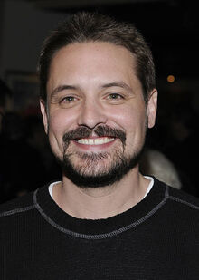 1354758382 4b-will-friedle-560