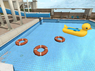 Resort Duckie