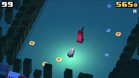 File:Badger Crossy Road Game play.png