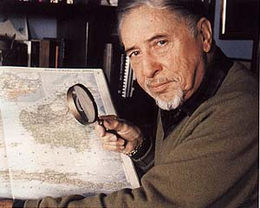 Heuvelmans with map