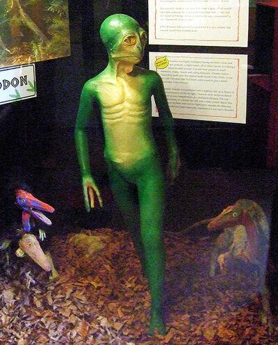 484px-Dinosauroid