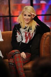 HayLey-hayley-williams-8786745-500-751