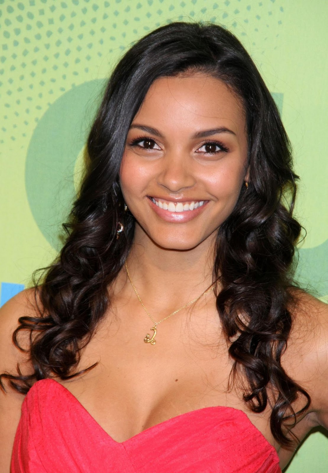 ¿Cuánto mide Jessica Lucas? - Real height Latest?cb=20131017151328
